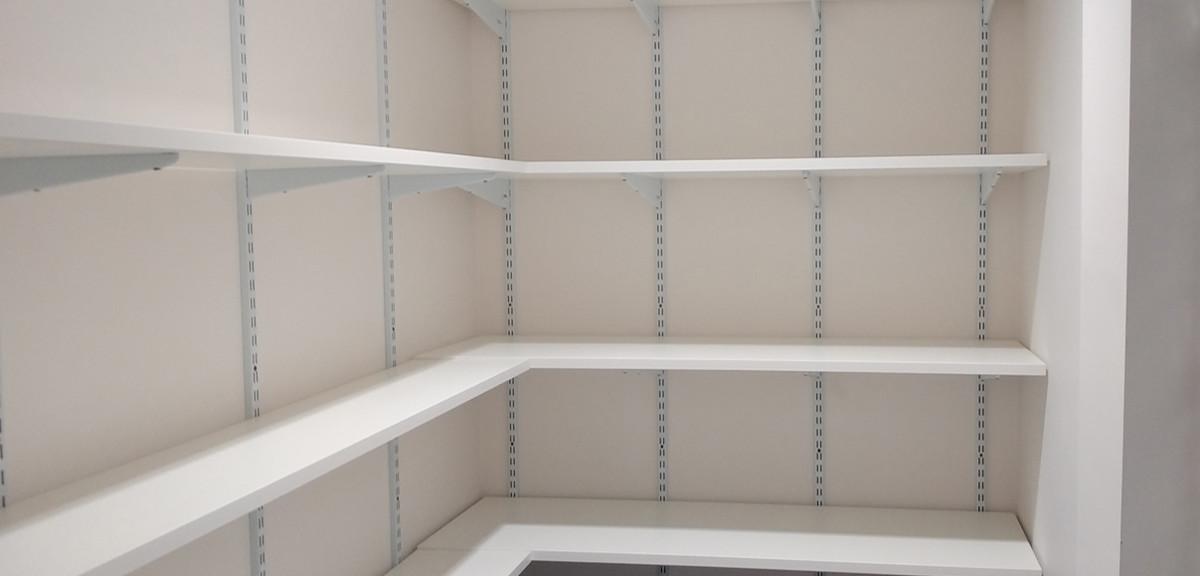 spur shelving storage